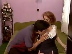pavlodar-kontakti-retro-porno-dvoe-ebut-na-divane-babu-v-anal